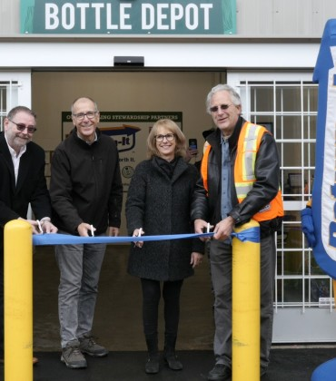 Whistler Recycling Center Opens with Event by Regional Recycling!
